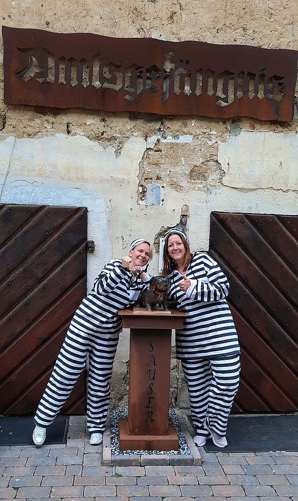 Einen außergewöhnlichen Aufenthalt bietet das Historische Amtsgefängnis in Fürstenau - ein Erlebnishotel im Osnabrücker Land. Im ehemaligen Gefängnis von 1720 wohnt ihr in historischem Ambiente.