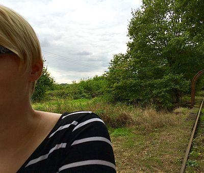 Unsere Blogerinnen vom Osnabrücker Land haben ganz viel Spaß während ihrer Draisinen-Tour im Artland im Osanbrücker Land