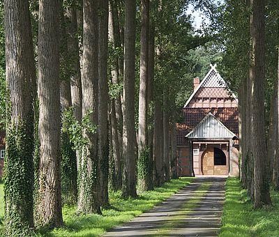 Ob mit dem Zug, der Bahn oder mit dem Auto, wir wünschen Ihnen eine gute Anreise in das Osnabrücker Land.